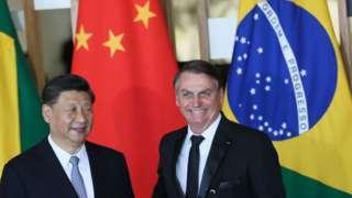 O presidente da República Popular da China Xi Jinping e o presidente Jair Bolsonaro, durante declaração à imprensa no Palácio do Itamaraty, em Brasília