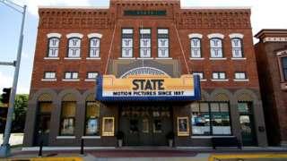 Fachada do State Theatre