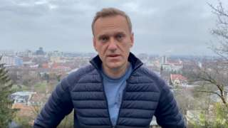 In his Instagram post Mr Navalny said Russia's president was doing all he could to stop him coming back