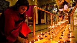 சபரிமலை கோயிலுக்கு வந்த 10 பெண்கள் திருப்பி அனுப்பப்பட்டனர்