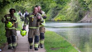 Emergency services at the canal