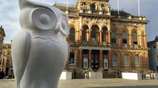 One of the unpainted owls in Ipswich's Cornhill