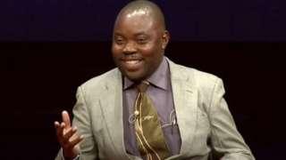 Mu nyandiko yiwe, Clement Chiwaya yavuze ko yararuhishijwe no kuguma asabiriza ibintu bisanzwe ari gwiwe