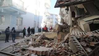 Срушена зграда у Турској