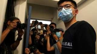 被取消参选资格的人士包括前香港众志秘书长黄之锋。
