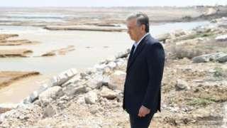 Президент Шавкат Мирзиёев Сардоба сув омборида