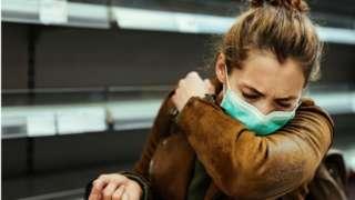 感染新冠病毒後,咳嗽的聲音會變得不一樣(Credit: Getty Images)