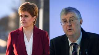 Nicola Sturgeon a Mark Drakeford