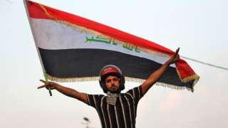 Un manifestante iraquí en Bagdad el 29 de octubre de 2019.