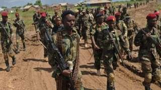Loltootni Somaaliyaa hidhattota al-Shabaab naannolee gidduugalaa fi Kibbaa jiran irratti sakatta'insa gaggeessaa turan.