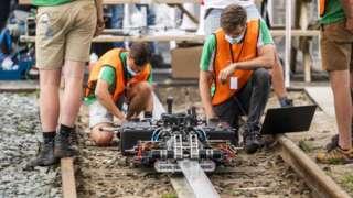 Hollanda'da Temmuz ayında yapılan bir Hyperloop deneyi