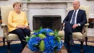 Merkel fi Baayidan, Waayit Haawus keessatti