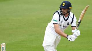 Winter signing Will Rhodes reached 50 for the second successive game for Warwickshire