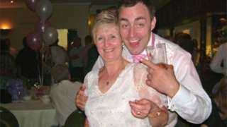 Len Hodkin with his mother Sally Hodkin 58