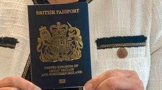 英國新款藍色護照(2/2020)