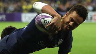Clermont's Peter Betham scores a try against Northampton