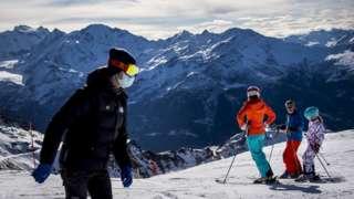 세계적인 스키 휴양지 베르비에는 영국인들에게서 인기가 많다. 통상 겨울철 손님의 20%를 차지할 정도다