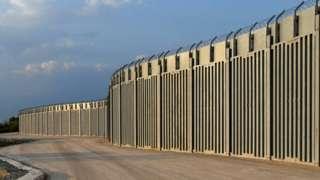 Забор на границе Турции и Греции