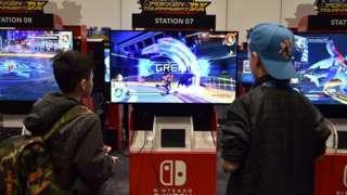 Image of kids on Nintendo switch