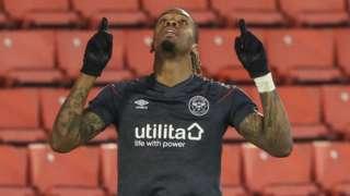 Ivan Toney celebrates his goal against Barnsley