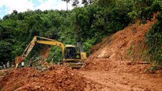 ဗီယက်နမ်၊ တိုင်ဖွန်း၊ မိုလာဗေ့၊ ရေကြီးမြေပြိုမှု