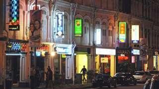 စင်္ကာပူရဲ့ ညဖျော်ဖြေရေး လုပ်ငန်းတွေမှာ ကိုဗစ် အစုလိုက်ကူးစက်မှုတွေ ဖြစ်ခဲ့ (ပုံဟောင်း)