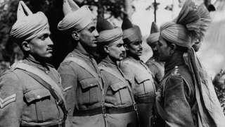 డన్కిర్క్ నుంచి 300 మంది భారతీయ సైనికులను తరలించారు.