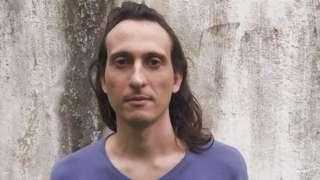 Arquiteto brasileiro Gabriel Sepe Camargo sobreviveu ao ataque ao Bataclan em 2015, em Paris