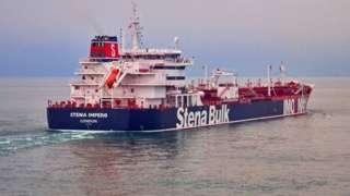 """ایران نفتکش بریتانیایی """"استنا ایمپرو"""" را دو هفته پس از توقیف ابرنفتکش ایرانی گریس ۱ (آدریان دریا) توقیف کرد"""