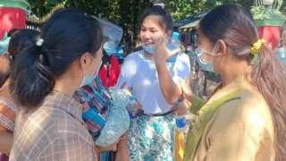 မြစ်ကြီးနားဂျာနယ်သတင်းထောက် ၃ဦး အပါဝင် သတင်းသမားတချို့ထပ်မံလွတ်လာ