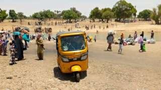Civilians dey run enta Niger