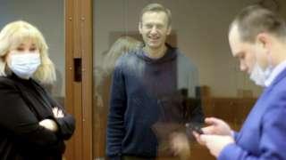 Навальный с адвокатами