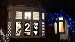 2-Tone art work