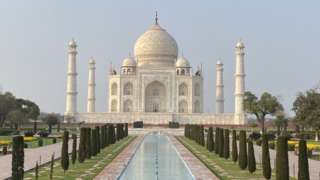 The Taj Mahal is popularly known as the 'monument of love'