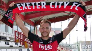 Gary Warren joins Exeter City
