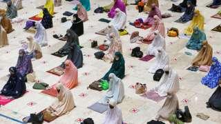 Muslim women pray for mosque for Jarkarta, Indonesia - 12 April