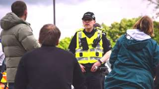 police officer chats to the public