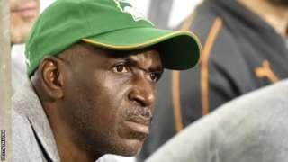 Ibrahim Kamara watches on