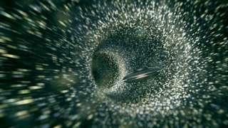 Agujero de gusano en el espacio con nave espacial