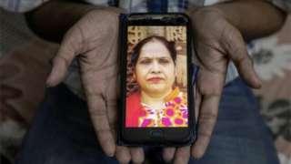 భారతదేశంలో ఇప్పటివరకూ 1,54,000 మందికి పైగా కోవిడ్ వల్ల చనిపోయినట్లు అధికారిక గణాంకాలు చెప్తున్నాయి