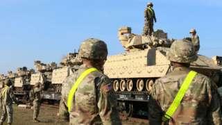 Американские военные и бронетехника в Литве
