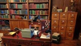 Image of a rented bookshelf
