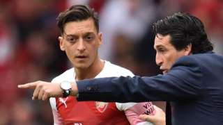 Mesut Ozil and Arsenal boss Unai Emery