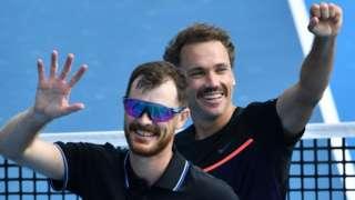 Jamie Murray and Bruno Soares win in Melbourne