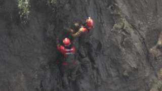 Mud rescue, Redcliffe