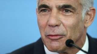 وزیر خارجه اسرائیل گفته است جهان نباید در برابر ایران سکوت کند
