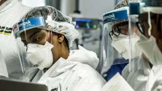Sağlık ve laboratuvar çalışanlarının kullandığı maskelerin yüzde koruyuculuk özelliği yüzde 95'lere kadar varıyor