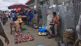 Street traders display dia market even as dem dey check weda tax force dey come