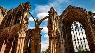 Развалины Мелроузского аббатства