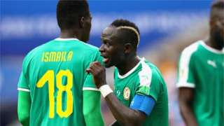 Ismaila Sarr and Sadio Mane in action for Senegal